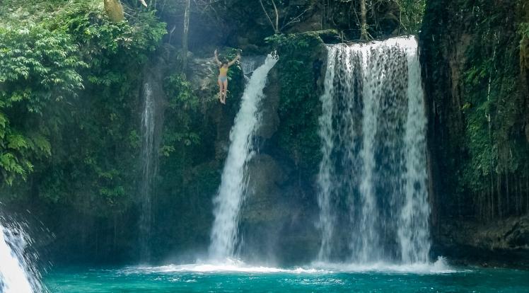 Kawasan Falls cliff jumping