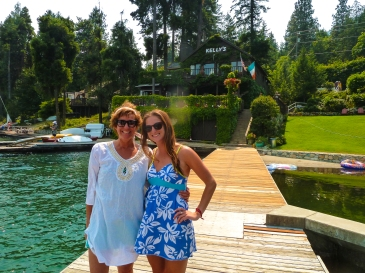 Lake Chelan mother daughter