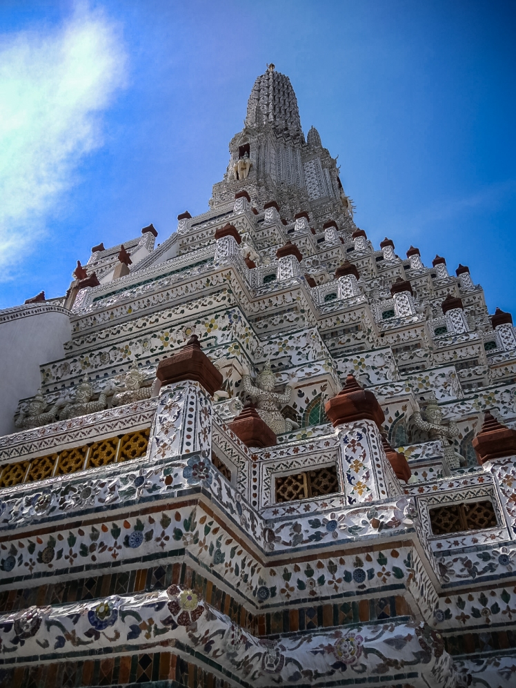 Wat Arun up close