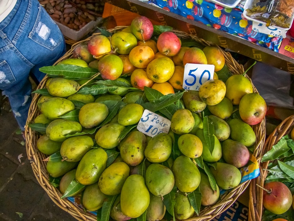 Mangos in the market
